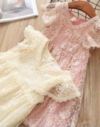 שמלת תחרה שרוול