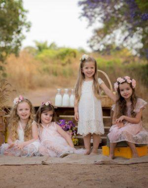 שמלות-לילדות