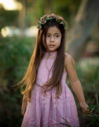 שמלת תחרה רקומה ורוד עתיק